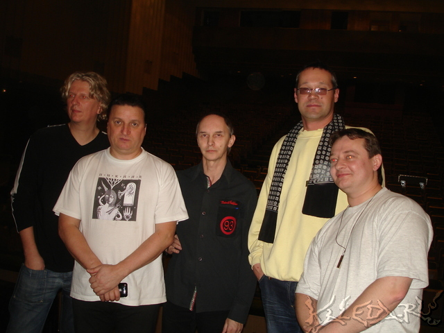 Жанр-рок страна-россия залито полностью количества альбомов-5 исполнитель-9 район